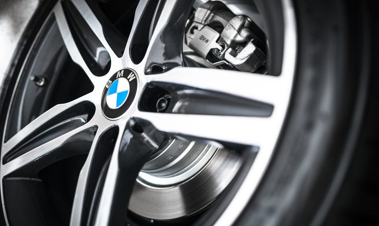 Choose BMW Star-Approved Wheels & Tires