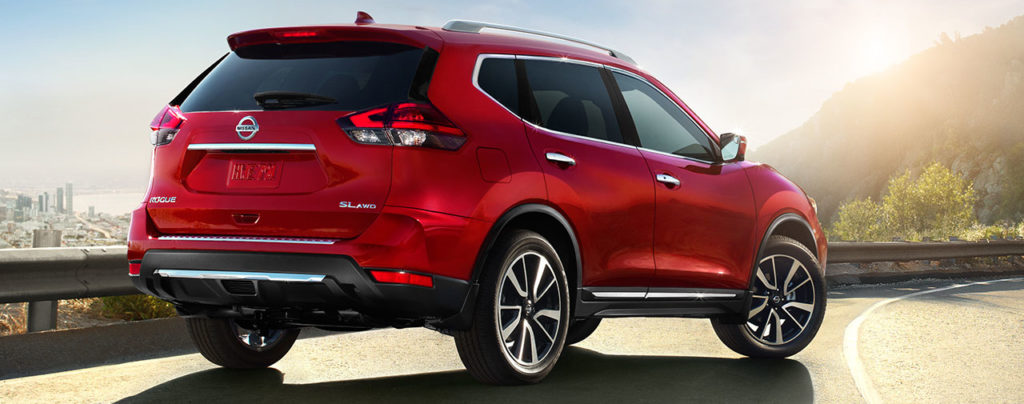 2019 Nissan Rogue, rear view