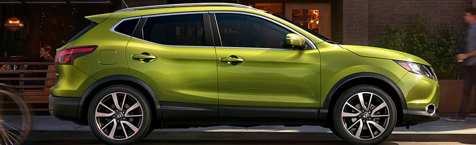 2019 Nissan Qashqai in lime green