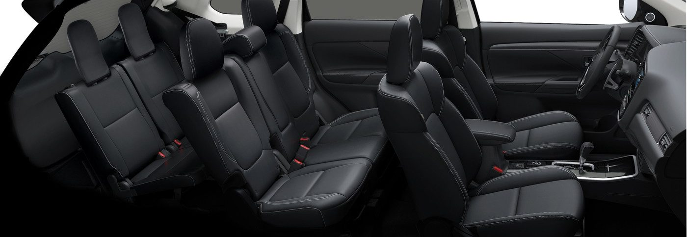 Interior of the 2019 Mitsubishi Outlander Seats