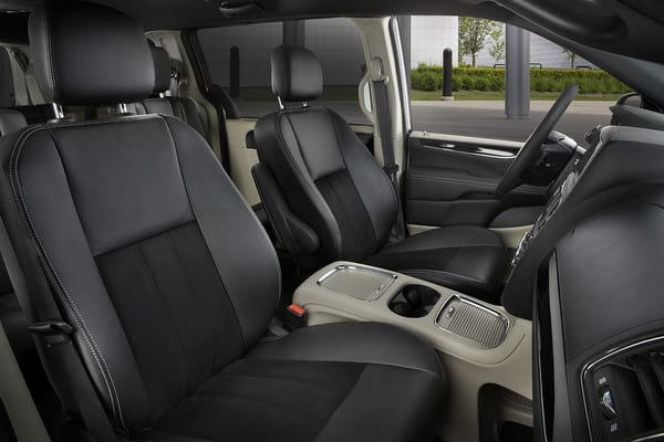 Dodge Grand Caravan Interior driver and passenger seat