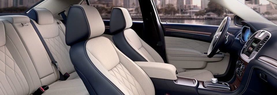 2018 Chrysler 300 Best-in Class passenger volume and rear-seat legroom
