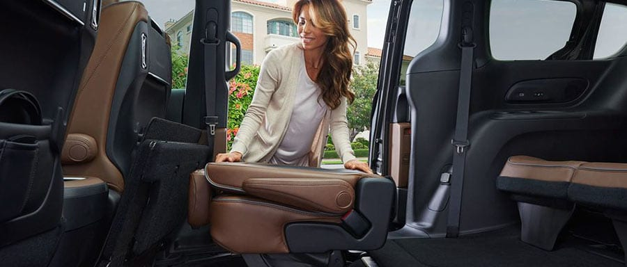 2018 Chrysler Pacifica folding seats