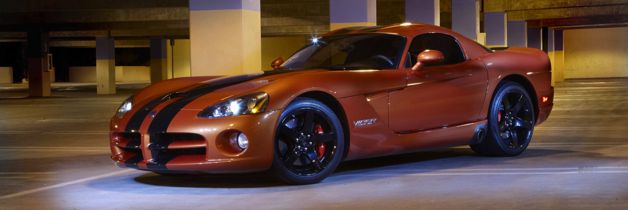 Dodge Viper SRT10 in parking garage