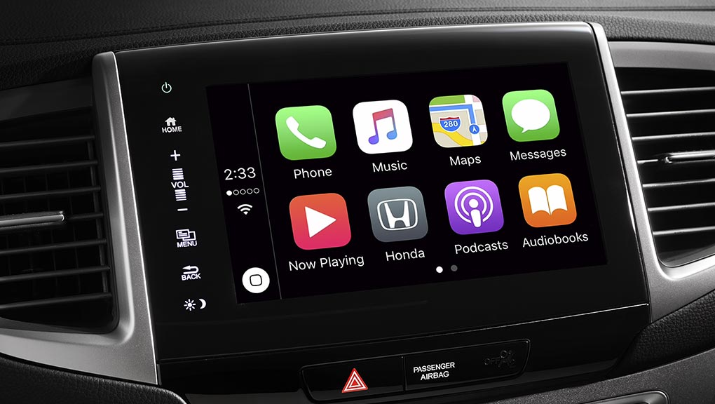 The central infotainment system in the 2019 Honda Pilot.