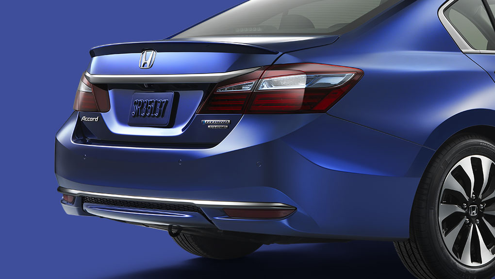 rear of honda accord hybrid