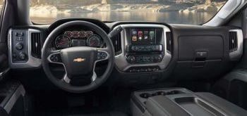 The spacious and luxurious interior of the 2019 Chevrolet Silverado