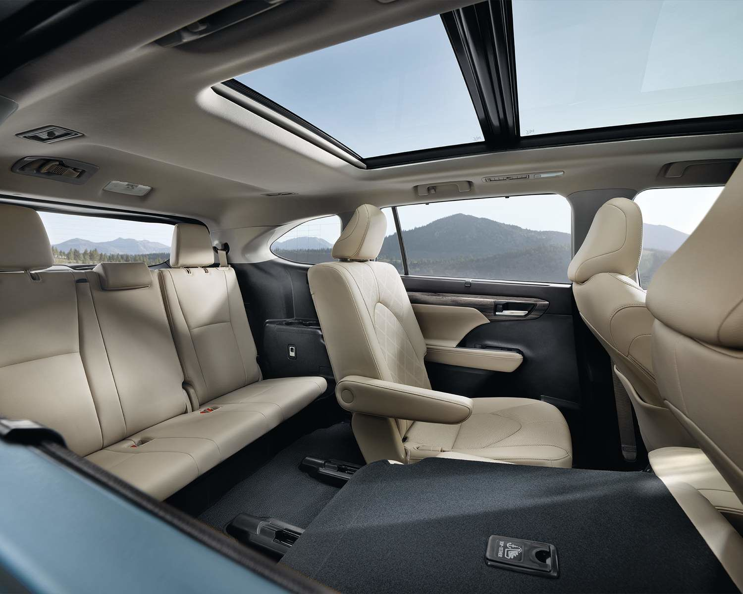 Toyota 2021 Highlander Overview Seating For Eight L