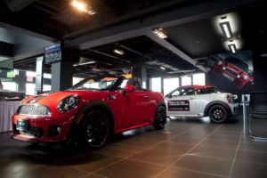 mini-richmond-showroom-vehicles