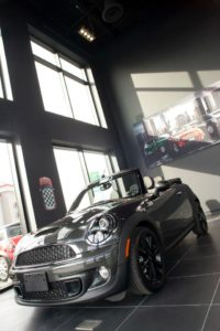 mini-richmond-showroom-car