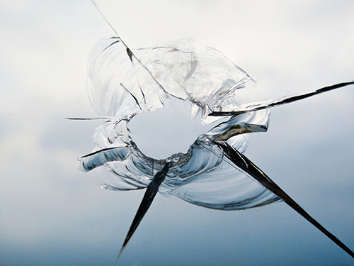 cracked-windscreen