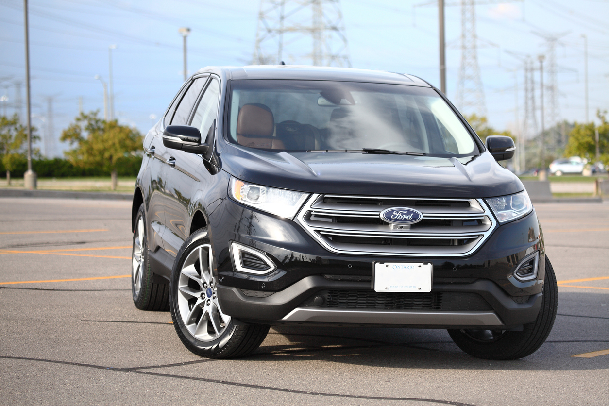 Ford Edge 2016 Titanuim in black with cognac leather