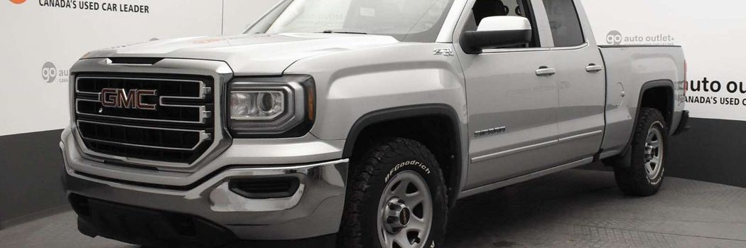 2017 GMC Sierra in Quicksilver Metallic