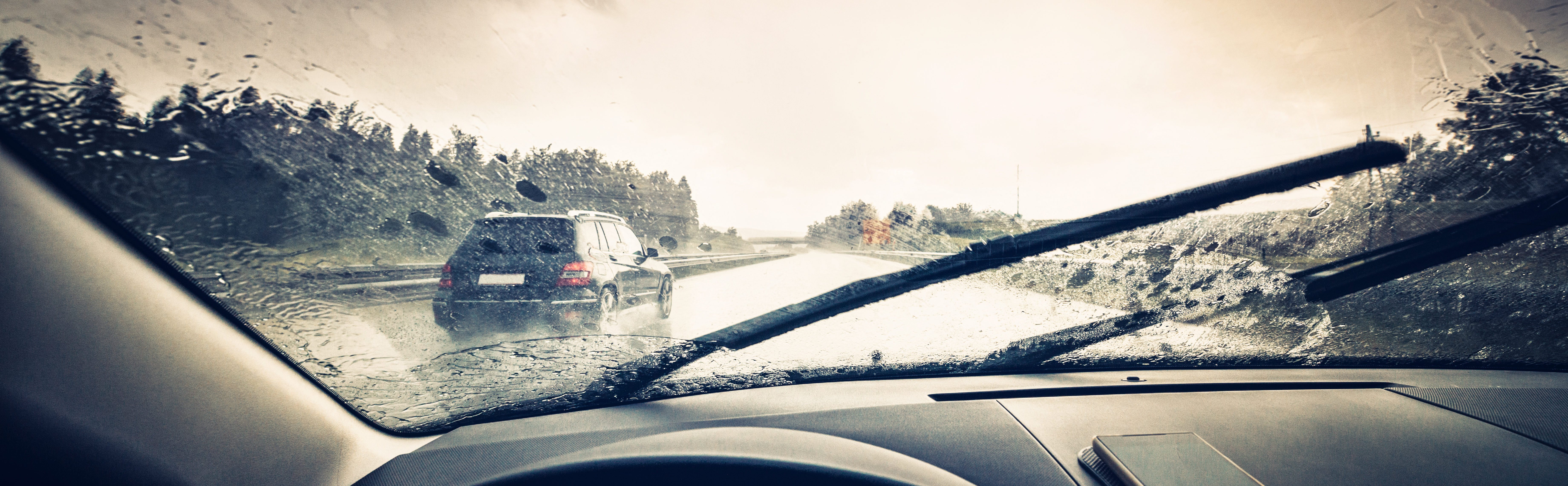 Wiper blade and fluid