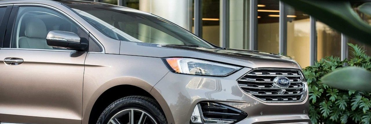 the new 2019 Ford Edge in Spruce Grove