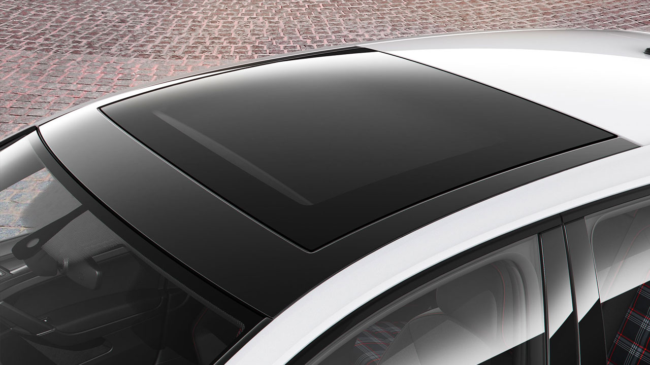 2019 VW Golf GTI - panoramic sunroof