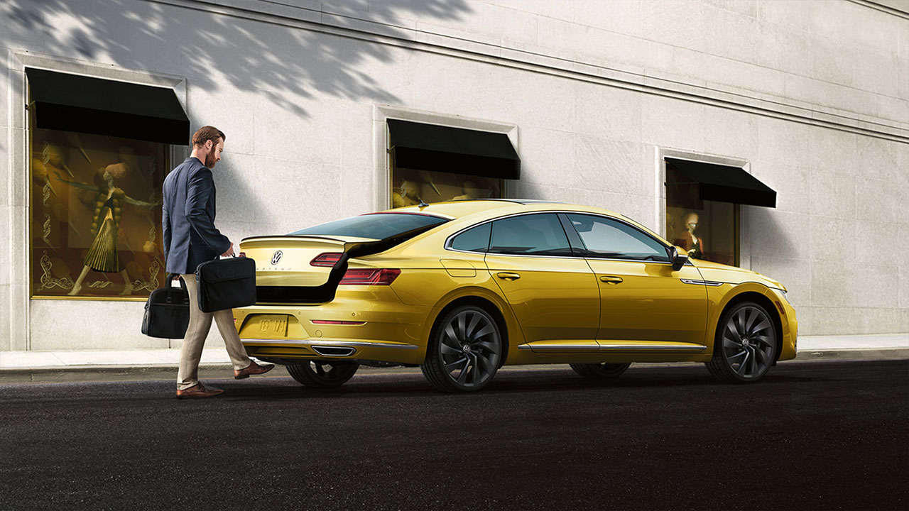 arteon-features-power-liftgate