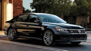 features-passat-r-line-design