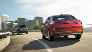 features-passat-adaptive-cruise-control