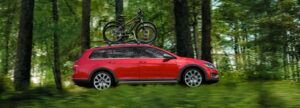 2019 Golf Alltrack1