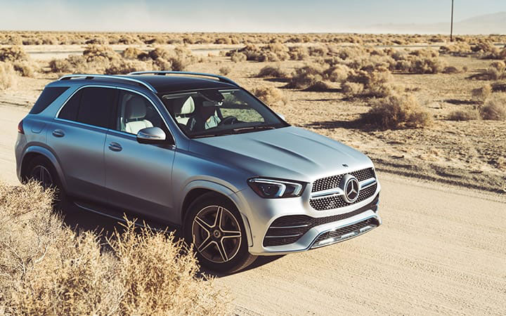 2020 GLe SUV in the Desert