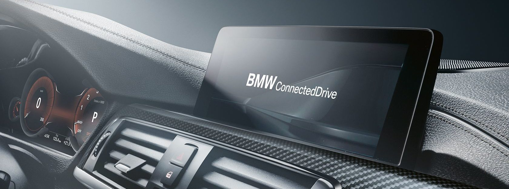 Front of 4 Series Gran Coupe with Connected Drive on the screen