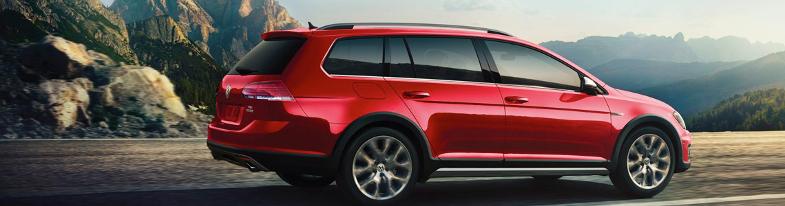 volkswagen SUV red colour