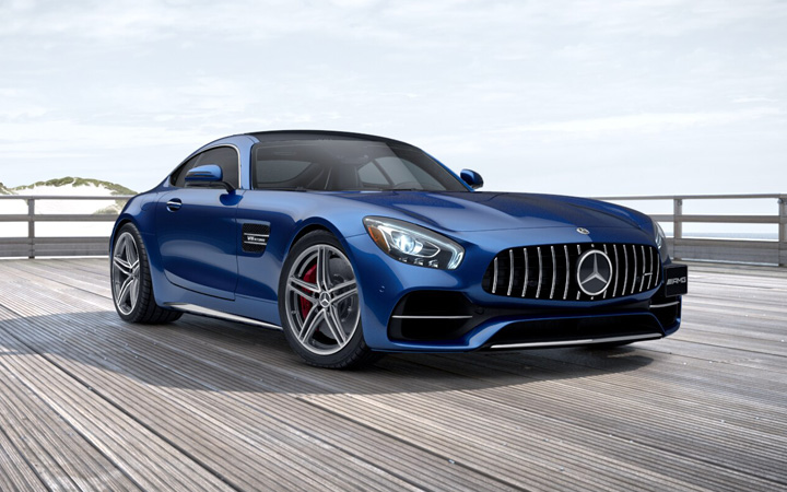 Mercedes-AMG GT Coupe   Power in Blue