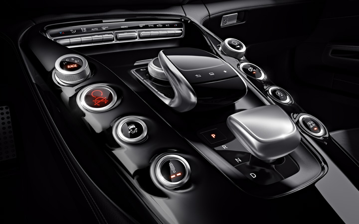 Mercedes-Benz Calgary   Mercedes-AMG GT Coupe Console