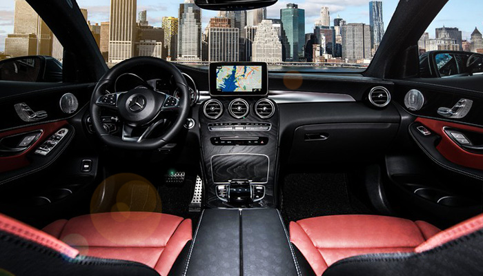 Mercedes-Benz Downtown Calgary - GenuineParts and Accessories