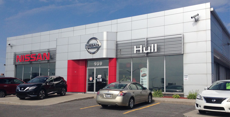 Hull Nissan dealership
