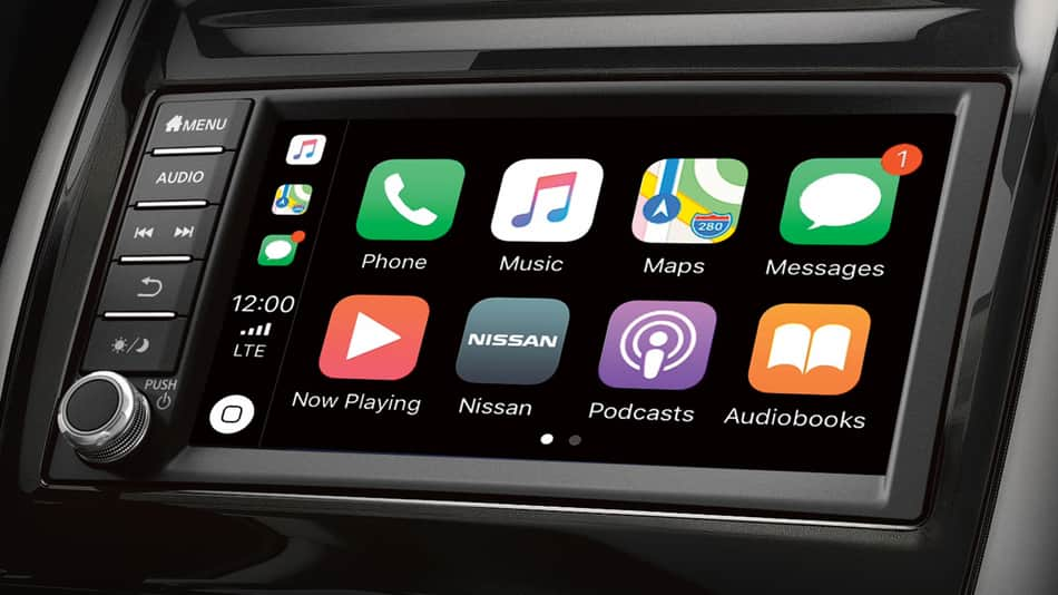 2019 Nissan Versa Note technology featuring Apple CarPlay