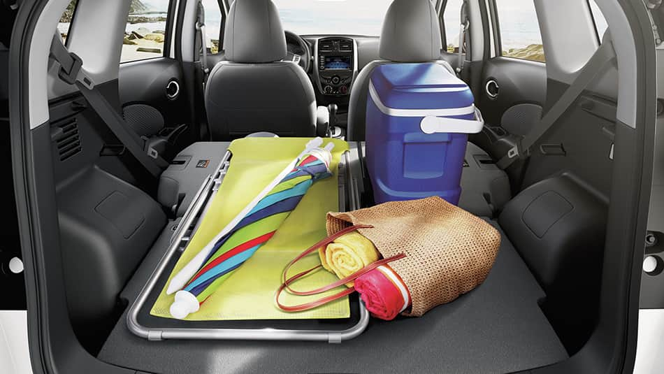 2019 Nissan Versa Note Divide-N-Hide rear folded seats