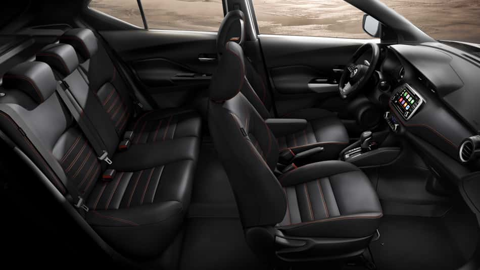 The stylish interior of the 2019 Nissan Kicks