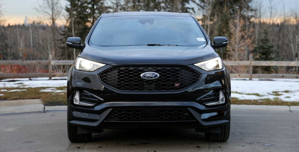 front view of the 2019 Ford Edge ST in Agate black