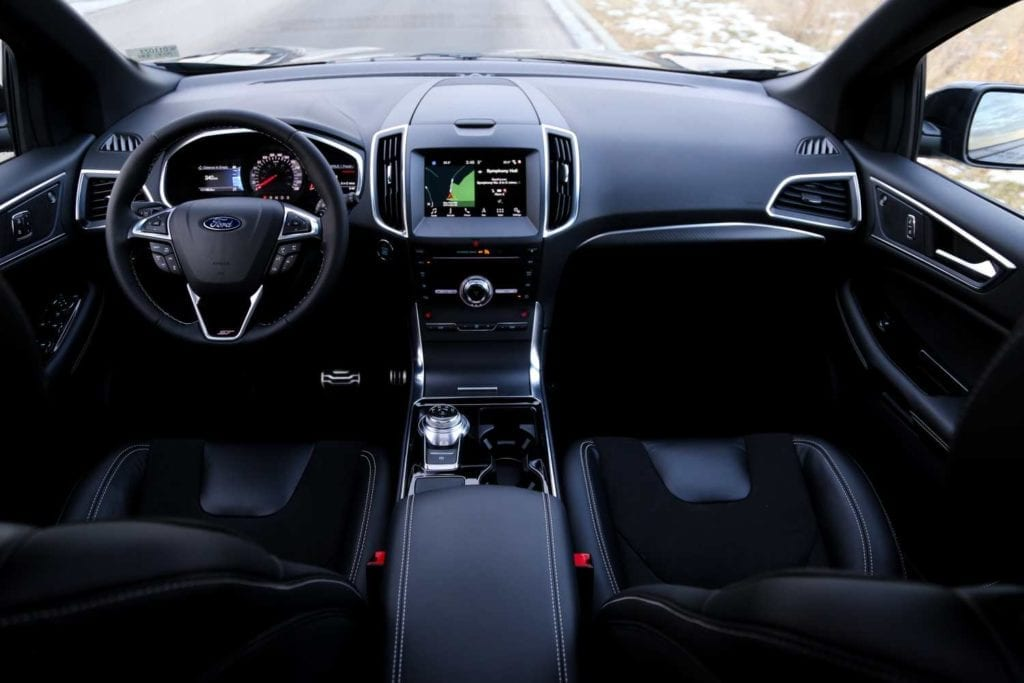 wide view of dash in the 2019 Ford Edge ST in Agate black
