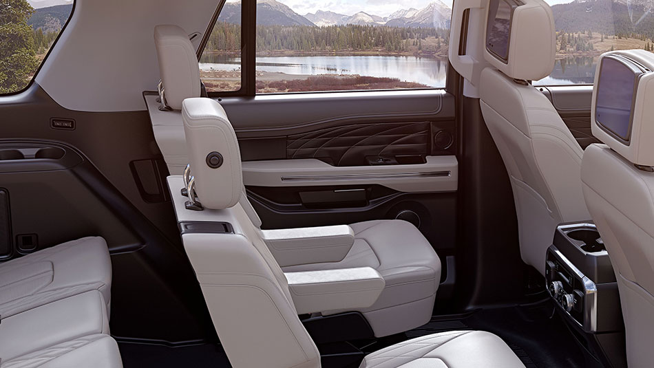 2019 Ford Expedition interior view of seating features
