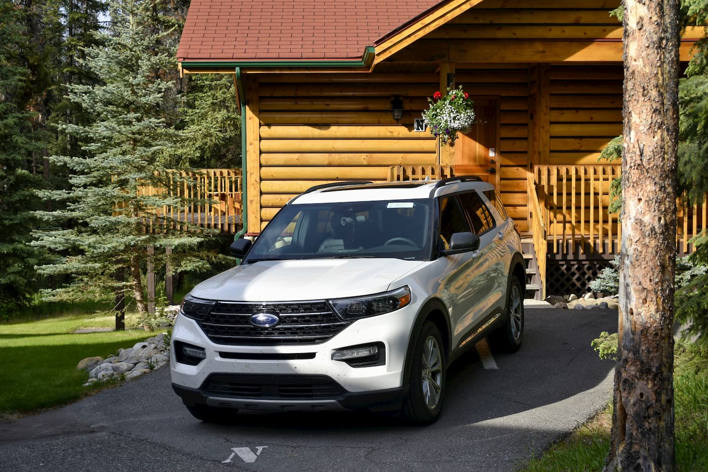2020 White Ford Explorer Parked Cabin Driveway