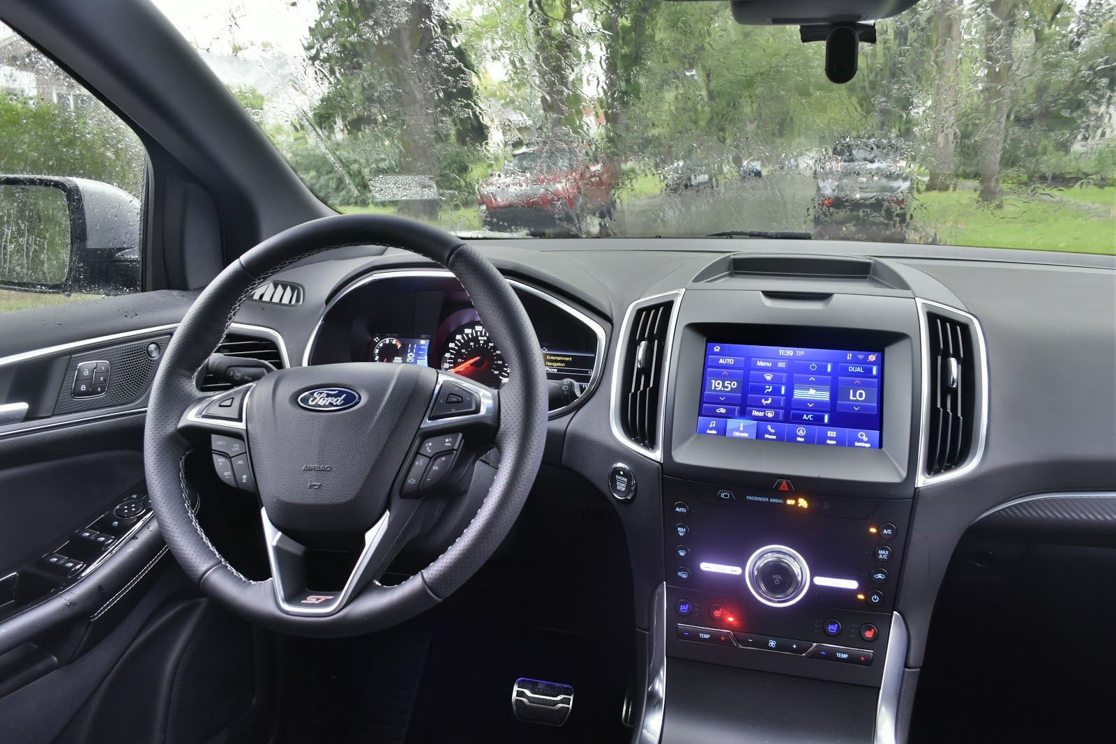 2020 Ford Edge ST Dash
