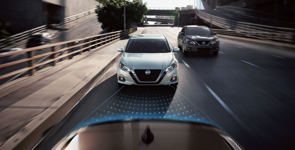 2019 nissan altima utilizing intelligent mobility