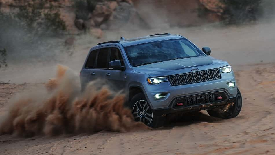 The almighty 2019 Jeep Grand Cherokee Trackhawk cannot be stopped by sand