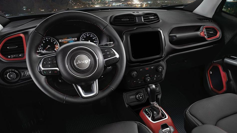 2018 Jeep Renegade interior view of steering wheel and dashboard