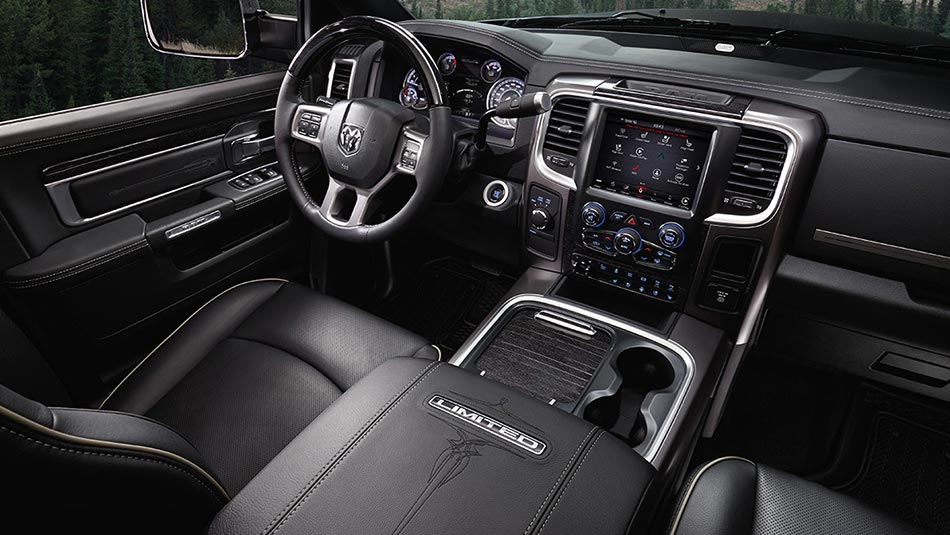 2018 Ram 2500 Interior view of driver side