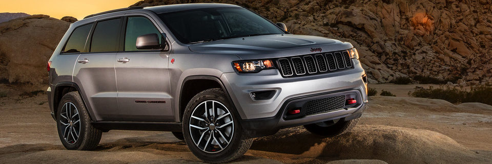 2019 Jeep Grand Cherokee parked in the desert country