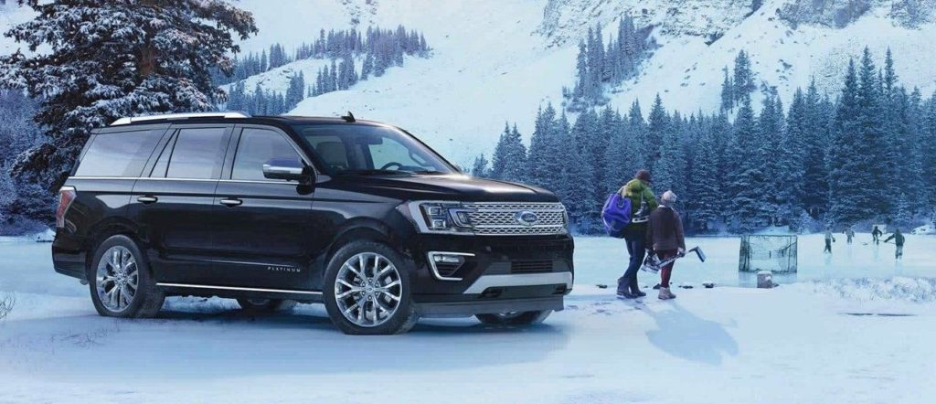 2018 Ford Expedition with 4x4 parked outside ice rink