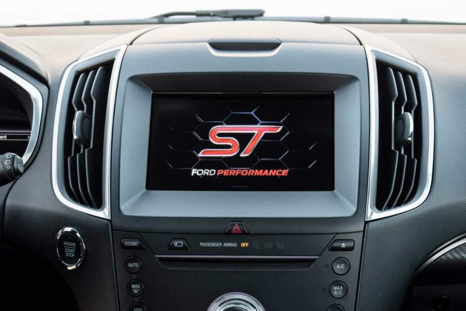 Ford Edge ST SYNC 3 with the Ford Performance ST logo in the screen
