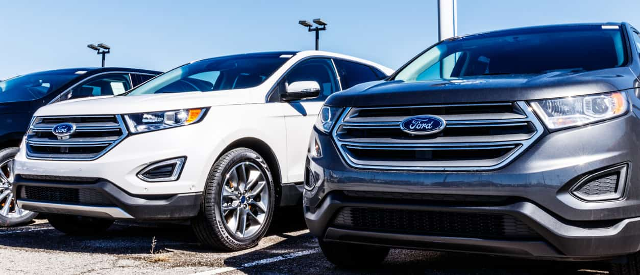 Fishers - Circa March 2018: Local Ford Car and Truck Dealership. Ford sells products under the Lincoln and Motorcraft brands VI (Fishers - Circa March 2018: Local Ford Car and Truck Dealership. Ford sells products under the Lincoln and Motorcraft bran