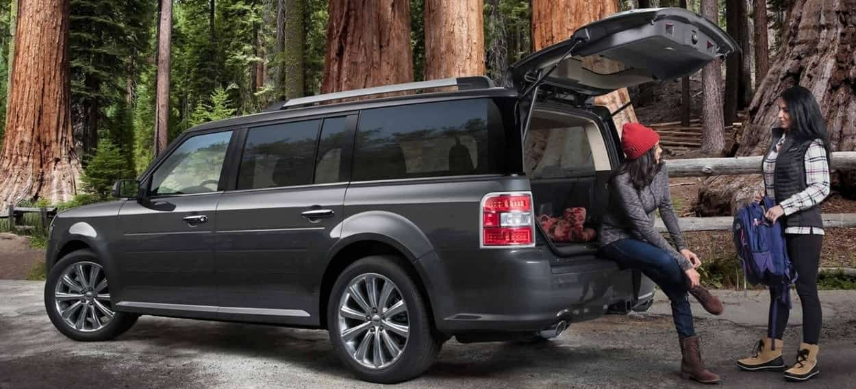 The 2019 Ford Flex Limited in Magnetic with Standard power liftgate