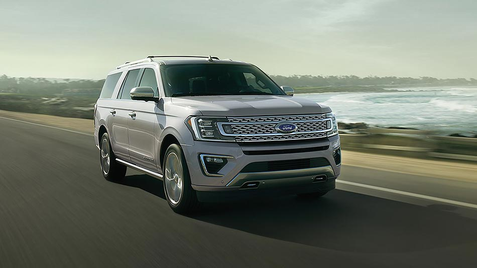 2019 Ford Expedition Platinum MAX driving on highway