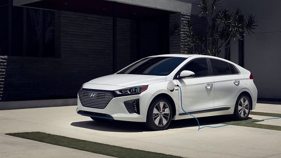 2019 Hyundai Ioniq Electric Plus recharging